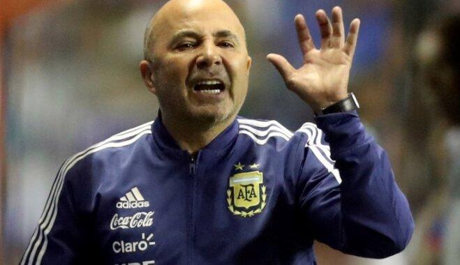 «Докатилось»: Тренера сборной Аргентины обвинили в половых  домогательствах