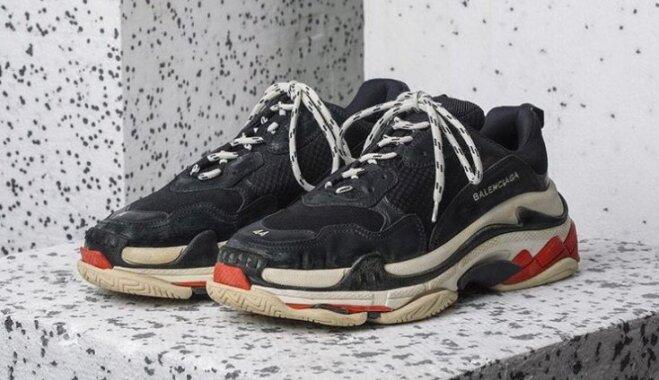 """""""Папины кроссовки"""" стали одной из самых продаваемых вещей года"""