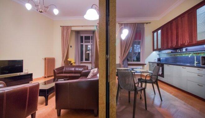 ФОТО. Шикарная квартира на Бривибас в стиле ар-деко, которую одобрил бы сам Великий Гэтсби