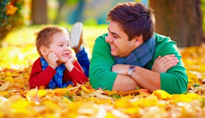 Speciālisti: saruna ar bērnu nav gluži saraksts ar jautājumiem, kas jāatķeksē