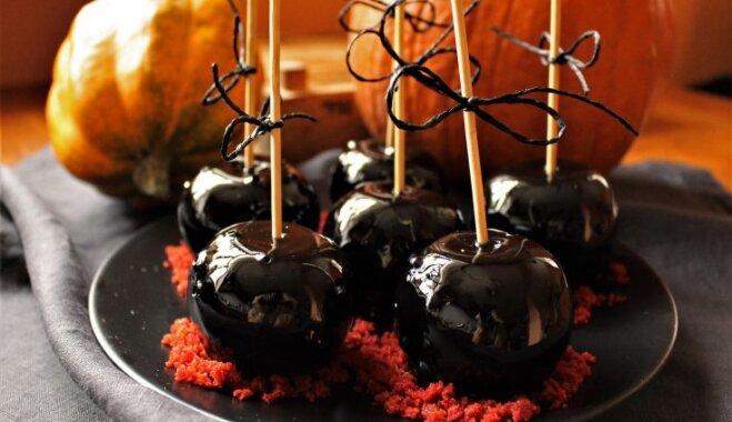 'Indīgie' āboli melnās karameles glazūrā