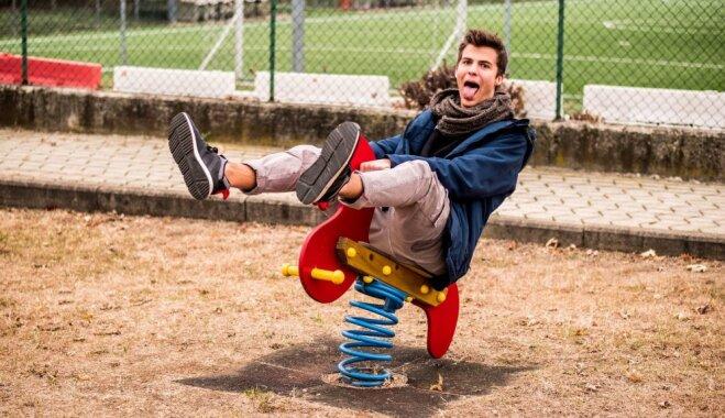 Kādas bērnības laiku īpašības zaudējam līdz ar gadiem un kāpēc kļūstam 'kā visi'