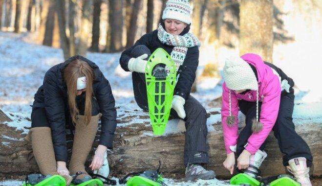 Pastaigas sniega kurpēs un izjādes ar zirgiem: idejas aizraujošām brīvdienām Valmierā