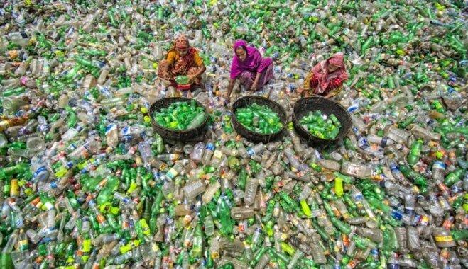 Dienas ceļojumu foto: Krāsainā plastmasas jūra Bangladešā