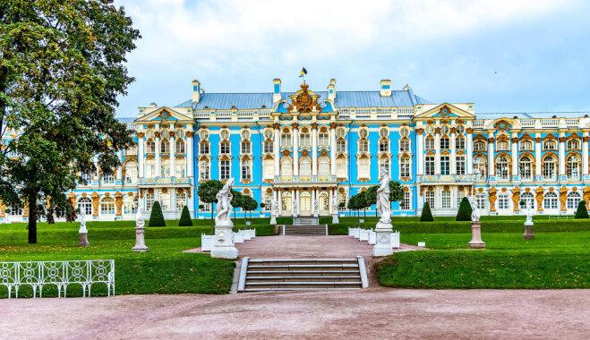 Kad Ermitāža vairs nepārsteidz: pieci skaisti galamērķi ārpus Sanktpēterburgas