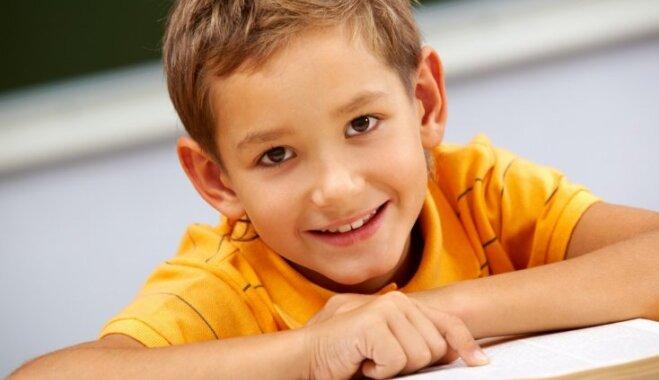 Pērn Latvijas skolās ieradušies 835 skolēni no citām valstīm; ieteicamā rīcība reemigrējošām ģimenēm