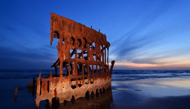 9 живописных остовов кораблей, которые манят туристов и фотографов