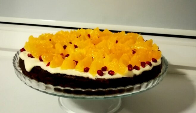 Šokolādes kūka ar krēmsieru un mandarīnu filejām