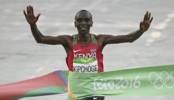 Kenijas skrējējs Kipčogs izcīna Rio zeltu maratonā