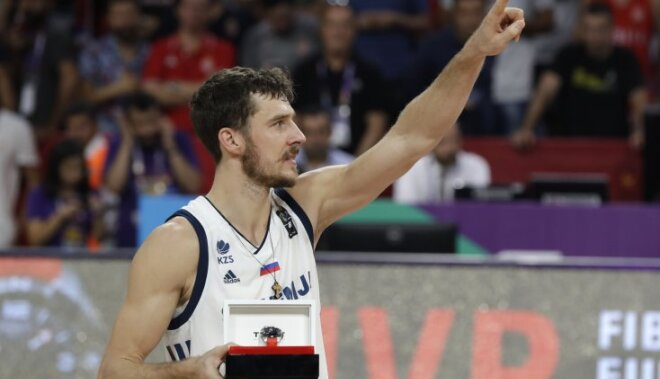 Slovēniju līdz titulam aizvedušais Dragičs tiek atzīts par Eiropas čempionāta vērtīgāko spēlētāju