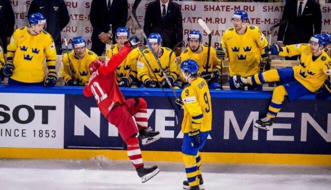 Zviedrija asā cīņā pieveic Krieviju un vienīgā bez zaudējumiem noslēdz priekšsacīkstes