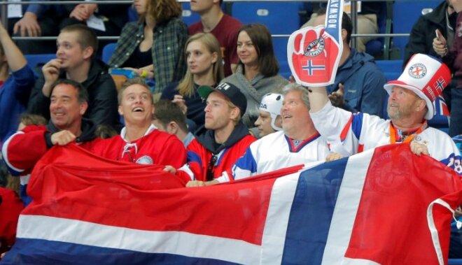 Norvēģijas hokeja izlase pārbaudes spēlē pirms pasaules čempionāta uzvar Dāniju