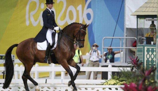 Jāšanas sporta grandi Vācijas komanda kļūst par olimpiskajiem čempioniem iejādē