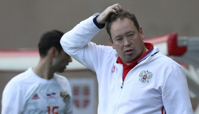 The Russian team s head coach Leonid Slutsky