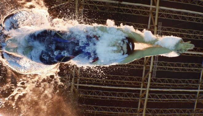Ledecka iegūst vēl vienu zeltu un labo pasaules rekordu; Felpss netiek pie 23. zelta