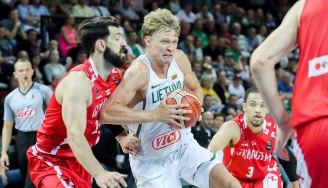 Lietuvas basketbolisti nervozā cīņā zaudē pārsteidzošajai Gruzijai