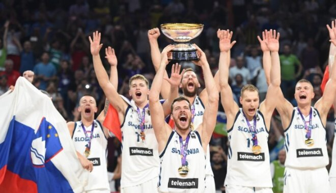 Slovēnijas basketbolisti sensacionāli triumfē 'Eurobasket 2017'