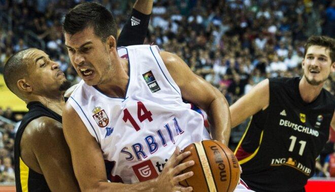 ВИДЕО: Сербы с сиреной вырвали победу, греки перевернули ход матча с хорватами