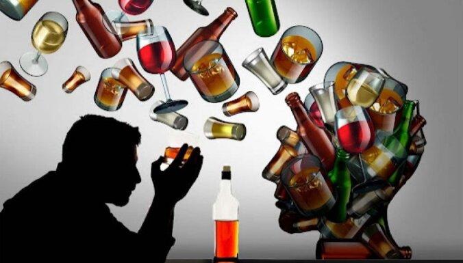 Kādi ir alkohola atkarības galvenie simptomi