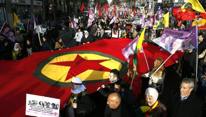 Sīrijas miera sarunām bez kurdu dalības nebūs panākumu, paziņo Lavrovs