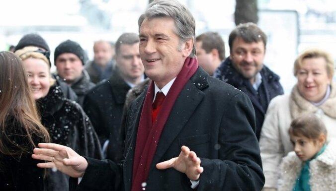 Ющенко: в Украину вернулись времена авторитаризма