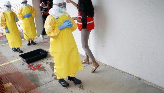 Эксперты: Эбола станет всемирным бедствием; срочно нужна вакцина