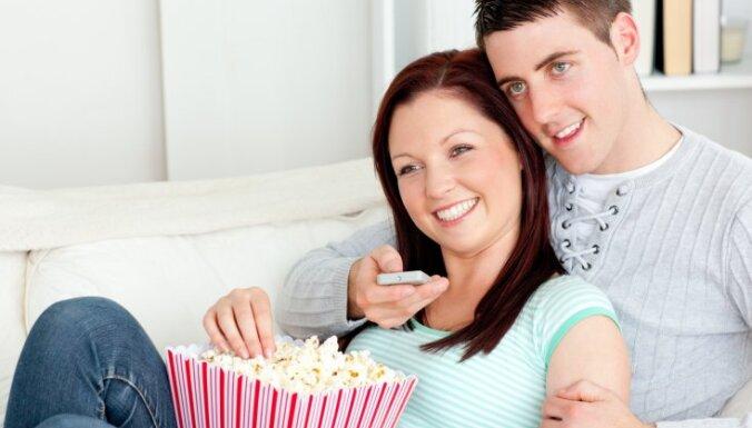 Все больше латышей предпочитают смотреть телепередачи на русском языке
