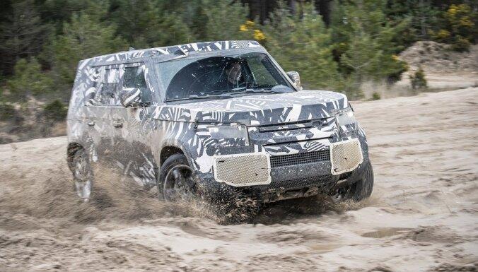 Jaunā 'Land Rover Defender' testa modeļi ir nobraukuši jau 1,2 miljonus kilometru