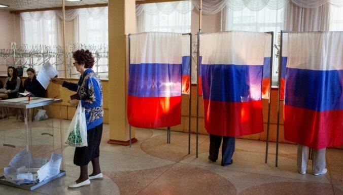 Putins no Krievijas CVK priekšsēdētāja amata atbrīvo Vladimiru Čurovu
