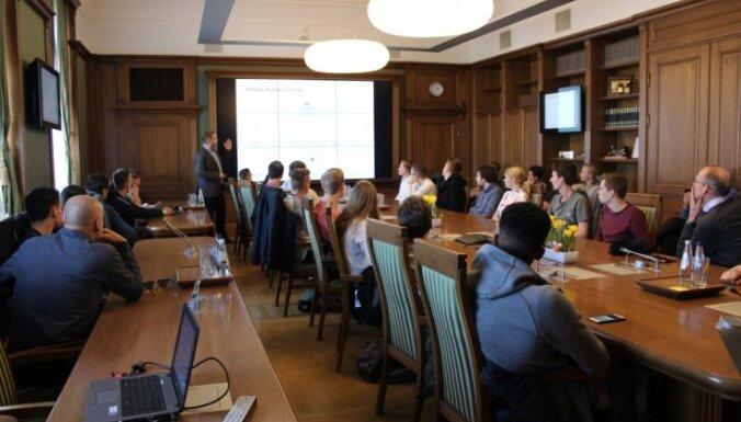Roterdamas Meinportas universitātes studenti iepazīstas ar LDz darbību