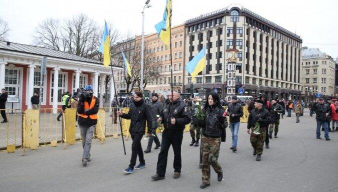 """Парадниекс: """"Азов"""" в колонну не пустили по просьбе Украинского общества"""