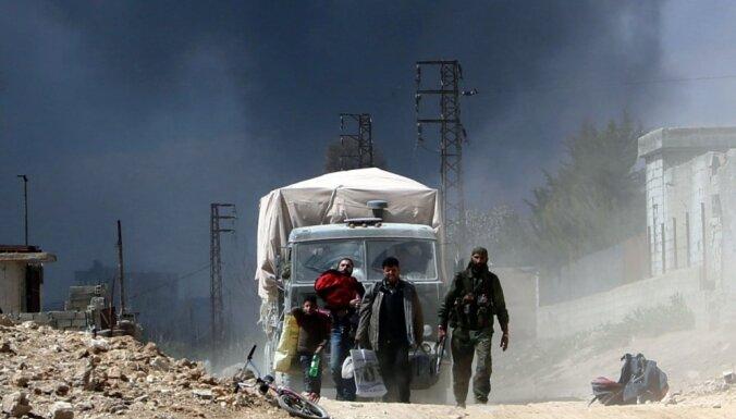 Sīrijā vienas dienas laikā nogalināti vairāk nekā 100 mierīgie iedzīvotāji