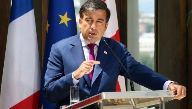 Саакашвили пообещал не сбегать из Грузии