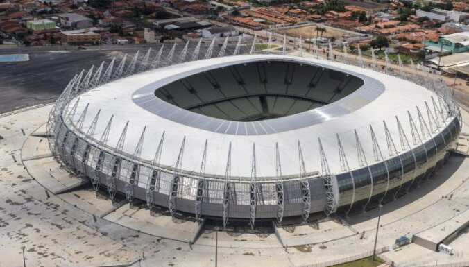 Brazīlijā izcēlies ugunsgrēks stadionā, kur notika 2014. gada Pasaules kauss futbolā