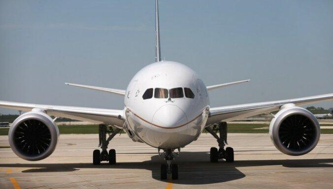 Летевший из Парижа в Токио самолет сел в Новосибирске из-за инсульта у пилота