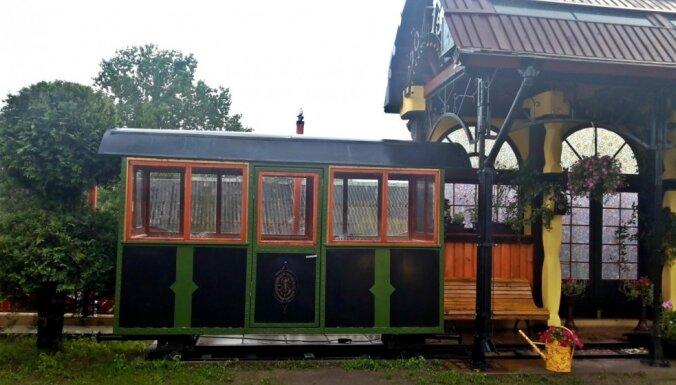 Privātā stacija pagalmā: interesants atpūtas namiņš Skrundas pusē