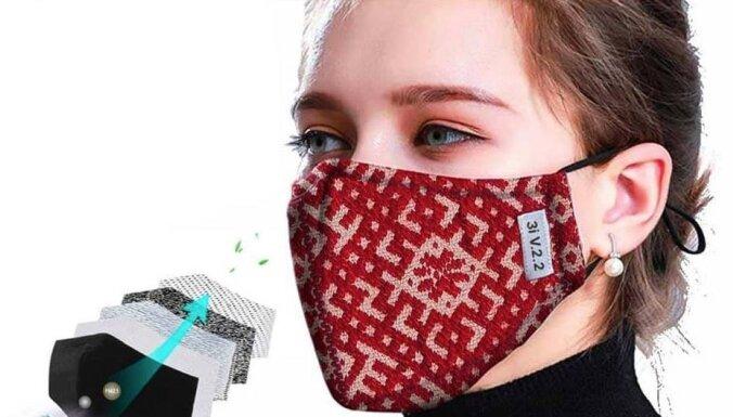 Soctīklos jūsmo par varen stipru sejas aizsargmasku īpaši latviešiem