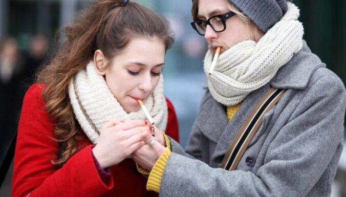 Госполиция: в Латвии все больше курящих и употребляющих алкоголь подростков