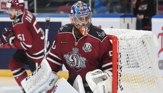 Rīgas 'Dinamo' atspēlē divu vārtu deficītu, bet sezonu sāk ar zaudējumu