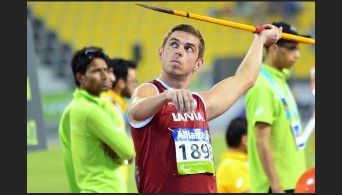 Латвийский чемпион-паралимпиец написал нелестное письмо про Латвию: за золотую медаль — никакой премии