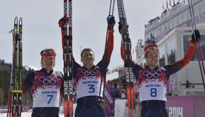 SOK diskvalificētajiem Krievijas slēpotājiem atļauts startēt Pasaules kausa sacensībās