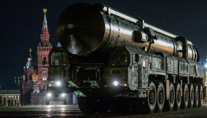 Вступив в гонку вооружений, Россия рискует подорвать экономику и повторить судьбу СССР