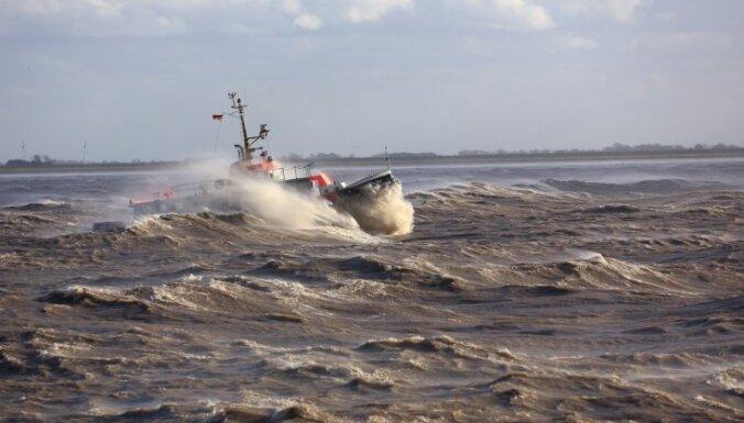 """Ураган """"Святой Иуда"""" в Петербурге: дамба спасла город от наводнения"""