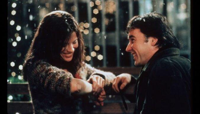 Piecas filmas, kas tev jau šogad var palīdzēt atrast savu īsto mīlestību