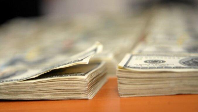 В США дефицит бюджета почти достиг триллиона долларов