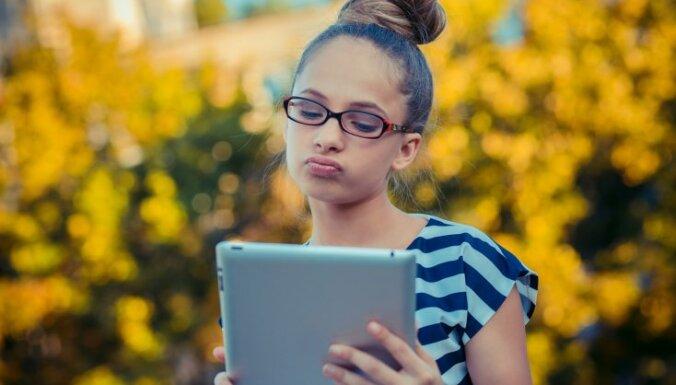 Skolēnu brīvlaiks: kā panākt, lai bērna degungals nav ieurbies ekrānos