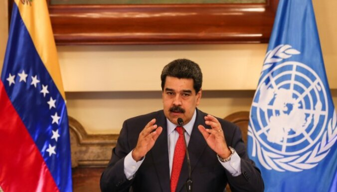Maduro sola pārskatīt ASV-Venecuēlas attiecības, Penss pauž atbalstu opozīcijai