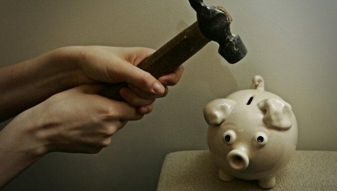 Oktobra sākumā 34 personām parāds valsts budžetam pārsniedz divus miljonus eiro