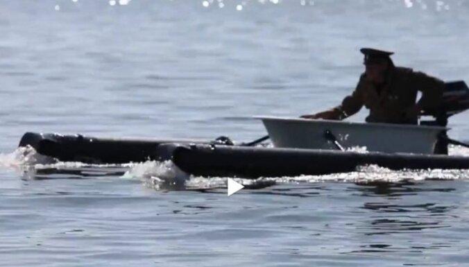 ВИДЕО: Житель Финляндии переплыл на старой ванне через залив в Таллин