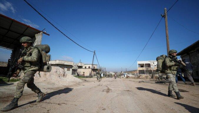 Apšaudē Idlibā nogalināti pieci Turcijas karavīri